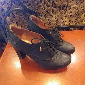 Clark's Indigo Lace up Heels
